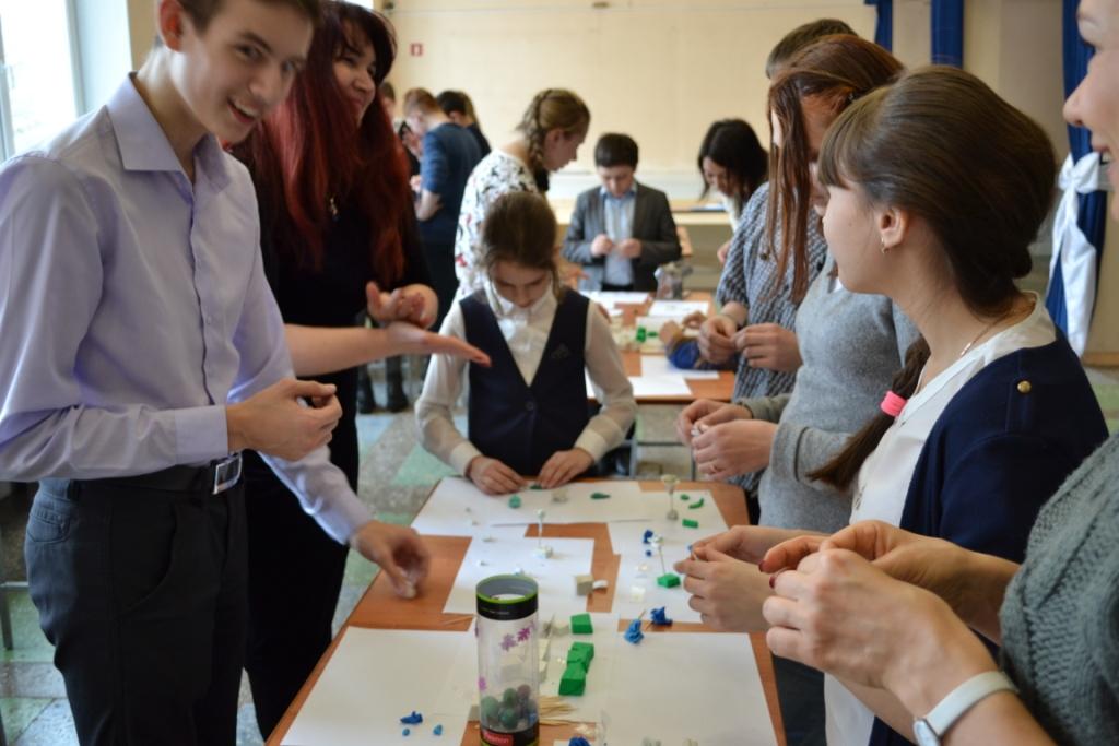 КГБУ ЦКД «Сероглазка» приняла участие в акции «Белый цветок доброты» по сбору средств для детей с тяжелыми заболеваниями
